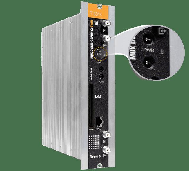 La LED d'un transmodulateur renseigne sur l'état du signal et de ses services.