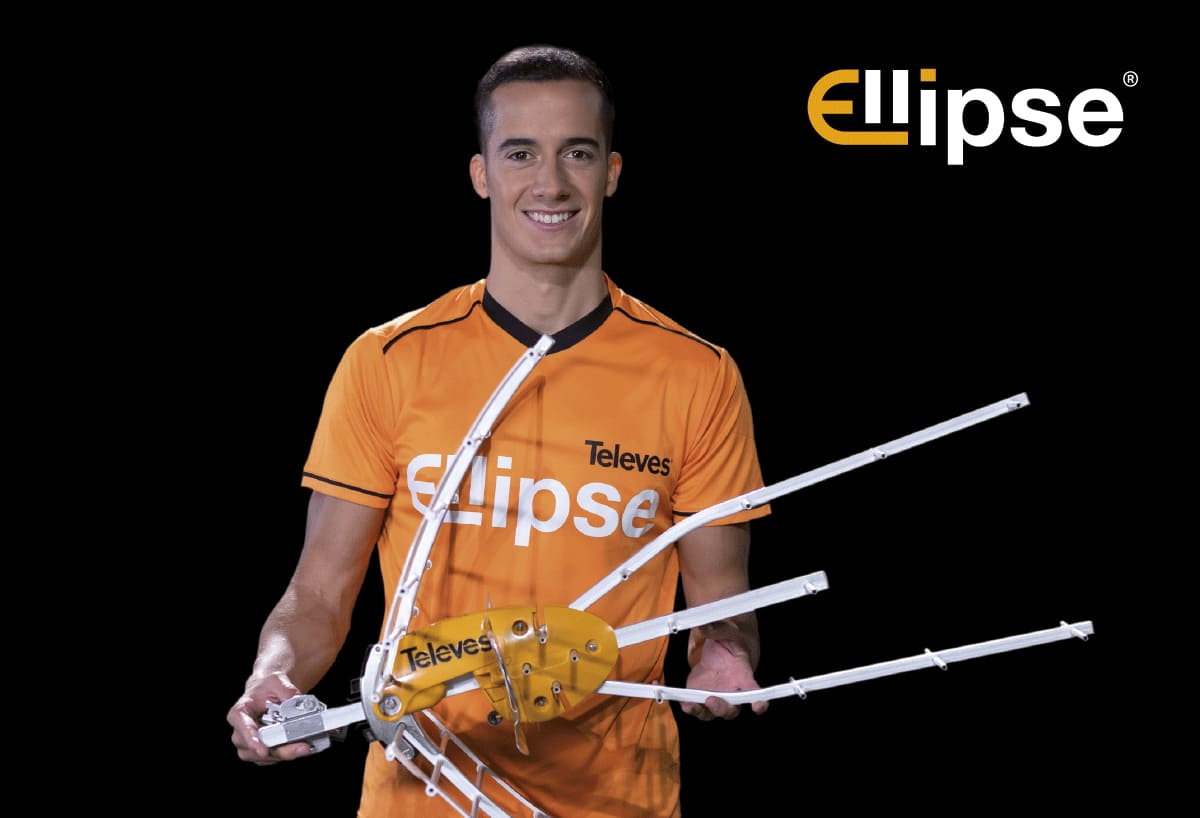 The international football player Lucas Vázquez brings the Ellipse antenna to the general public